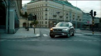Volvo Presidents Day Sales Event TV Spot, 'The Parents' Song by Pete Seeger [T2] - Thumbnail 4
