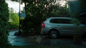 Volvo Presidents Day Sales Event TV Spot, 'The Parents' Song by Pete Seeger [T2] - Thumbnail 6