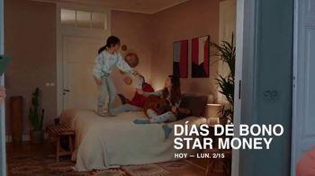 Macy's TV Spot, 'El regalo correcto nos acerca: 20% menos extra' [Spanish] - Thumbnail 6