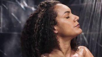 Olay Retinol Body Wash TV Spot, 'Sentirse estresada' [Spanish] - Thumbnail 2