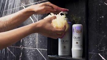 Olay Retinol Body Wash TV Spot, 'Sentirse estresada' [Spanish] - Thumbnail 3