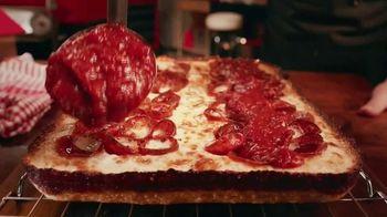 Pizza Hut Detroit Style Pizza TV Spot, 'Tomato Sauce'