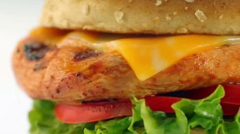 Chick-fil-A Grilled Spicy Deluxe TV Spot, 'Las pequeñas cosas: Jimena' [Spanish] - Thumbnail 4