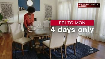 Ashley HomeStore Presidents Day Weekend Sale TV Spot, '25% Off and 0% Interest' - Thumbnail 1