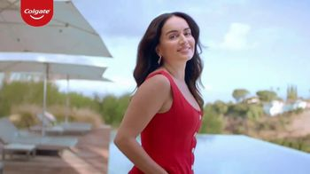 Colgate Renewal TV Spot, 'Getting Older' Featuring Ana de la Reguera
