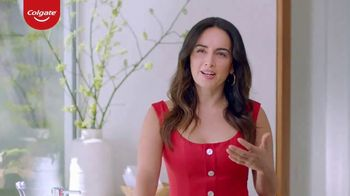 Colgate Renewal TV Spot, 'Getting Older' Featuring Ana de la Reguera - Thumbnail 3