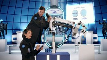 Head & Shoulders TV Spot, 'Take Science Up to 100: Coffee' - Thumbnail 6