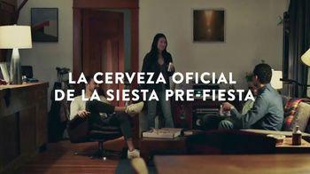 Coors Light TV Spot, 'Viernes por la noche siestas energéticas' canción de James Kaye [Spanish]