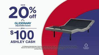 Ashley HomeStore Presidents Day Mattress Marathon TV Spot, '20% Off Glideaway' - Thumbnail 9