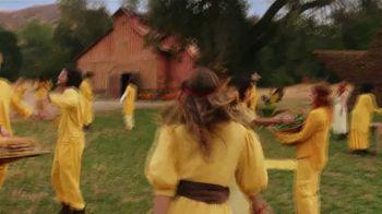 Hardee's Fiery Famous Star TV Spot, 'Chant: Habanero Ranch' - Thumbnail 1