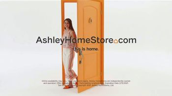Ashley HomeStore Biggest Presidents Day Sale Ever TV Spot, 'Doorbusters' - Thumbnail 7