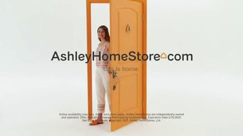 Ashley HomeStore Biggest Presidents Day Sale Ever TV Spot, 'Doorbusters: Financing' - Thumbnail 7