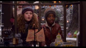 Netflix TV Spot, 'The Christmas Chronicles 2' - Thumbnail 4