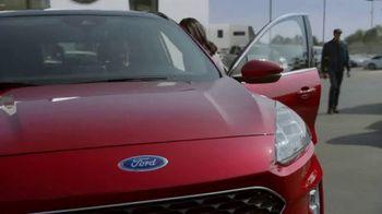Ford El Evento Hecho para las Fiestas TV Spot, 'La alegría de la temporada' [Spanish] [T2] - Thumbnail 5