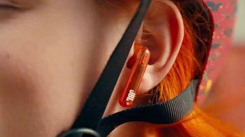 JBL TWS Series TV Spot, 'Sound That Fits You' - Thumbnail 6