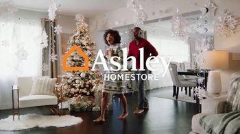 Ashley HomeStore TV Spot, 'Felices fiestas: 40% de descuento' [Spanish] - Thumbnail 1