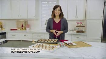 Hershey's Kisses TV Spot, 'Ion Television: Peanut Butter Blossoms' - Thumbnail 9