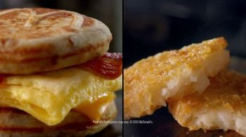 McDonald's $4 Bundle TV Spot, 'Morning Person: Sausage or Bacon, Egg, and Cheese McGriddle' - Thumbnail 8