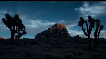 Dior Sauvage TV Spot, 'La nueva fragancia' con Johnny Depp [Spanish] - Thumbnail 5