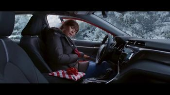 Toyota Toyotathon TV Spot, 'Super Mom' [T2] - Thumbnail 4