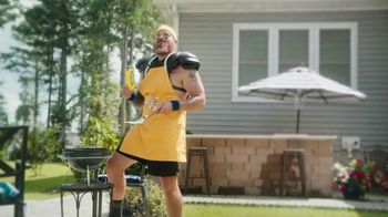 Twisted Tea TV Spot, 'Home Tailgate Contest Results' Featuring Jake Franklin - Thumbnail 4