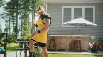 Twisted Tea TV Spot, 'Home Tailgate Contest Results' Featuring Jake Franklin - Thumbnail 5