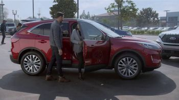 Ford Built for the Holidays Sales Event TV Spot, 'Let's Get To It' [T2] - Thumbnail 4