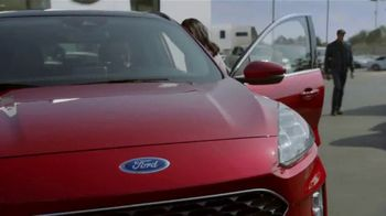 Ford Built for the Holidays Sales Event TV Spot, 'Let's Get To It' [T2] - Thumbnail 5