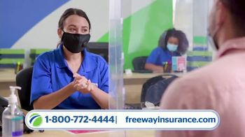 Freeway Insurance TV Spot, 'La preferida de los milenios' [Spanish] - Thumbnail 6