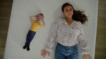 Bob's Discount Furniture Bob-O-Pedic Mattress TV Spot, 'La mirada de Bob' [Spanish]