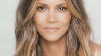 Finishing Touch Flawless TV Spot, 'Be You' Featuring Halle Berry - Thumbnail 1