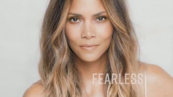 Finishing Touch Flawless TV Spot, 'Be You' Featuring Halle Berry - Thumbnail 3