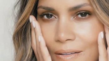 Finishing Touch Flawless TV Spot, 'Be You' Featuring Halle Berry - Thumbnail 8