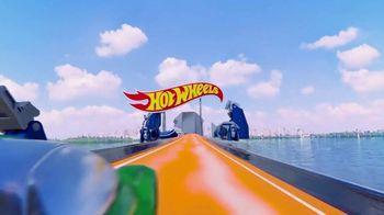 Hot Wheels Sky Crash Tower TV Spot, 'Fly High' - Thumbnail 1
