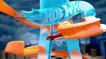 Hot Wheels Sky Crash Tower TV Spot, 'Fly High' - Thumbnail 4