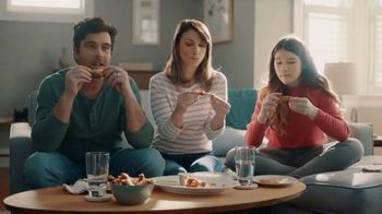 Frigidaire TV Spot, 'Air Fry in Your Oven: National Air Fry Day' - Thumbnail 5