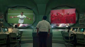 Bud Light Seltzer TV Spot, 'Dentro del cerebro de Chicharito: celebración de las papilas gustativas' [Spanish] - Thumbnail 5