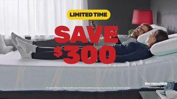 Mattress Firm TV Spot, 'Save $300 & $300 Instant Gift' - Thumbnail 2
