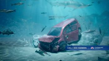 Farmers Insurance Policy Perks TV Spot, 'Deep-Sea Driving' Featuring J.K. Simmons - Thumbnail 4