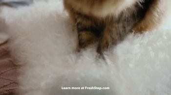 Fresh Step Clean Paws TV Spot, 'Cleaner Peets' - Thumbnail 4
