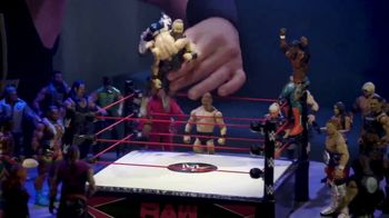 WWE TV Spot, 'Choose Your Side' Featuring Kofi Kingston, Braun Strowman - Thumbnail 6