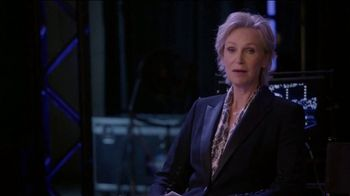 Consumer Cellular TV Spot, 'The Weakest Link: Trivia' Featuring Jane Lynch - Thumbnail 1