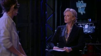Consumer Cellular TV Spot, 'The Weakest Link: Cake' Featuring Jane Lynch - Thumbnail 4