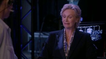 Consumer Cellular TV Spot, 'The Weakest Link: Cake' Featuring Jane Lynch - Thumbnail 6