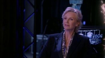 Consumer Cellular TV Spot, 'The Weakest Link: Cake' Featuring Jane Lynch - Thumbnail 9