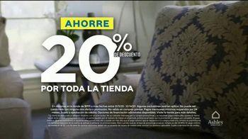 Ashley HomeStore Venta de Fin de Semana TV Spot, 'Enormes ahorros: cuatro años sin interés' [Spanish] - Thumbnail 2