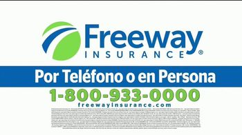 Freeway Insurance TV Spot, 'Piénsalo bien: está en tus manos' [Spanish] - Thumbnail 6