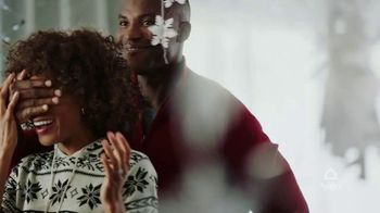 Ashley HomeStore Happy Holidays Sale TV Spot, 'Up to 40% Off and Special Financing' - Thumbnail 1