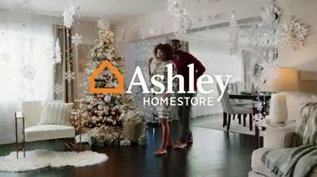 Ashley HomeStore Happy Holidays Sale TV Spot, 'Up to 40% Off and Special Financing' - Thumbnail 2