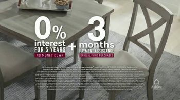 Ashley HomeStore Happy Holidays Sale TV Spot, 'Up to 40% Off and Special Financing' - Thumbnail 5